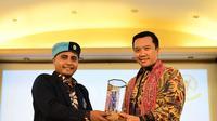 Menpora Imam Nahrawi menjadi pembicara di Kongres ke-10 Himpunan Mahasiswa Buddhis Indonesia (Hikmahbudhi) di Maha Vihara Meitrya, Pontianak, Kalimantan Barat, Sabtu (17/11).