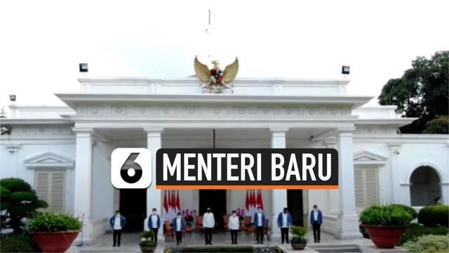 Presiden Jokowi mengumumkan reshuffle kabinet pada jumpa pers di Istana Negara, 22 Desember 2020. Ada enam menteri baru yang ditunjuk menggantikan menteri lama di Kabinet Indonesia Maju. Diantaranya ialah mantan wakil Gubernur DKI Jakarta Sandiaga Un...