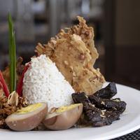 Simak kuliner apa saja yang masuk kategori Stellar Dishes di Ritz-Carlton Jakarta, Mega Kuningan (Foto: Ritz-Carlton Jakarta, Mega Kuningan)