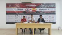Konferensi pers Persija Jakarta saat menghadapi Selangor FA di Stadion Patriot Candrabhaga, Bekasi, Kamis (6/9/2018). (Bola.net/Fitri)