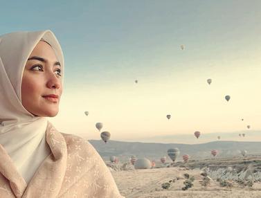 FOTO: Serunya Liburan Citra Kirana di Turki, Naik Balon Udara Juga
