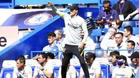 Meski mampu memetik hasil memuaskan di laga perdana namun pelatih Chelsea, Thomas Tuchel tak mau sesumbar dan masih merasa timnya belum layak disebut sebagai kandidat juara Liga Inggris 2021-2022. (Foto: AP/Tess Derry)