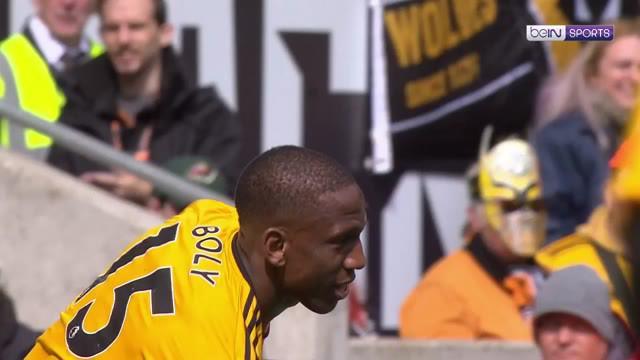 Berita video highlights Premier League 2018-2019 antara Wolves (Wolverhampton Wanderers) melawan Fulham yang berakhir dengan skor 1-0 di Molineux Stadium, Sabtu (4/5/2019).