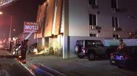 Kebakaran melanda sebuah gedung apartemen tiga lantai di pusat kota Las Vegas. (AP)