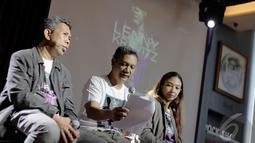 Triadi Noor sebagai Promotor menjelaskan konser Lenny Kravitz akan memberikan pengalaman yang lebih berbeda antara Lenny dan penggemarnya,  Jakarta, Selasa (16/12/2014). (liputan6.com/Faizal Fanani)