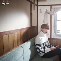 Meskipun selalu terlihat ceria di berbagai kesempatan, akan tetapi Jungkook BTS mengaku jika dirinya lebih nyaman saat sedang sendiri. (Foto: koreaboo.com)