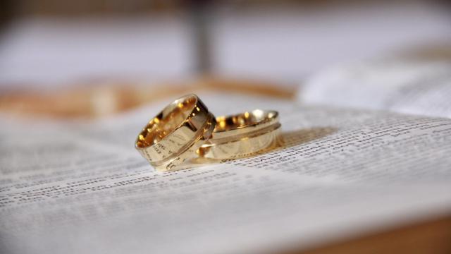 25 Kata Kata Ucapan Pernikahan Dalam Bahasa Jawa Menambah Kebahagiaan Mempelai Ragam Bola Com