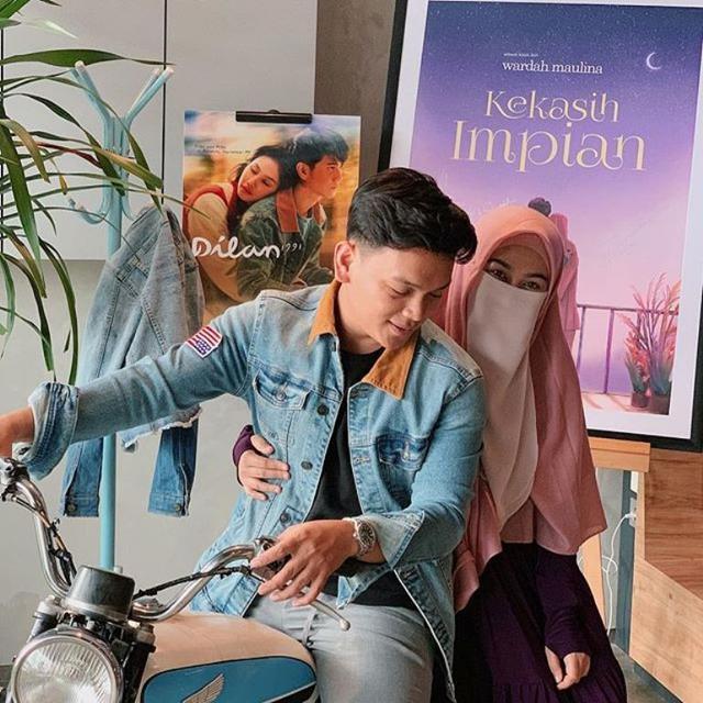 Novel Kisah Asmara Natta Reza dan Wardah Maulida Akan
