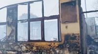 Salah satu ruangan SDN 118 Pekanbaru yang mengalami kebakaran sehingga hangus. (Liputan6.com/M Syukur)