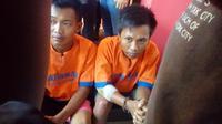 abdul mujib (tangan diperban) tersangka penjambret taksi online di Kabupaten Bangkalan