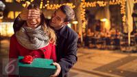 Apakah benar wanita kerap memilih pasangan atau pacar yang mirip dengan saudara laki-lakinya? (iStockphoto)