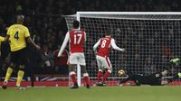 Satu-satunya gol balasan milik Arsenal dicetak oleh Alex Iwobi pada menit ke-58. (ADRIAN DENNIS / AFP)