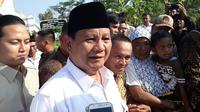 Prabowo Subianto usai berziarah. (Foto: Liputan6.com/Muhamad Ridlo)