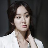 Hubungan Jung Ryeo Won dengan Taehyun Winner menuai kontroversi. (AllKpop)