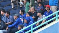 General Manager Arema, Ruddy Widodo selalu hadir dalam tiga pertandingan awal tim Singo Edan putri di Liga 1 Putri 2019. (Bola.com/Iwan Setiawan)