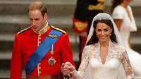 Meski putus, Kate Middleton dan Pangeran William sepertinya memutuskan untuk kembali bersama pada bulan Juni dan kemudian menikah. (DAVE THOMPSON / POOL WPA / AFP)
