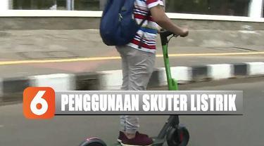 Dinas Perhubungan DKI Jakarta tengah menggodok peraturan soal penggunaan skuter listrik seperti batas kecepatan maksimal dan usia minimal pengendara.