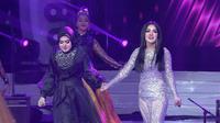 """Duet Mesra Syahrini Dan Adiknya Aisyahrani Menyanyikan Lagu """"Cinta Terbaik"""""""