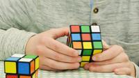 Cara Bermain Rubik (sumber: Pixabay)