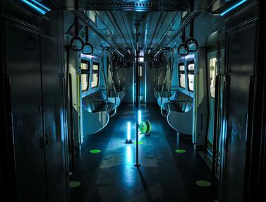Sterilisasi Kereta LRT dengan Sinar UV