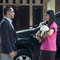 Adegan sinetron Orang Ketiga (Sinemart)