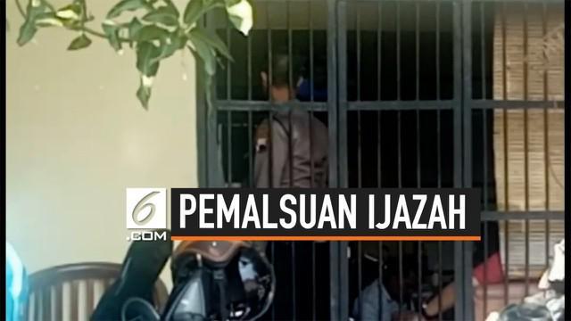 Pelawak diduga memalsukan ijazah S2 dan S3, ia ditangkap personel Polres Brebes. Qomar terancam hukuman penjara 7 tahun.