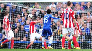 [Half Time] Gol Salah Buat Chelsea Memimpin Atas Stoke