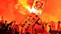 Ribuan Milanisti Indonesia (suporter AC Milan) meramaikan Stadion GBK Jakarta, (7/6/2014). (Liputan6.com/Helmi Fithriansyah)