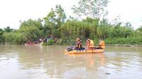 Pencarian terhadap pencari lokan yang hilang di Sungai Batang Masang Kabupaten Agam. (Liputan6.com/ Dok BPDB Agam)