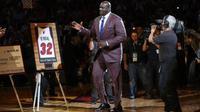 Jersey nomor 32 milik Shaquille O'Neal resmi dipensiunkan oleh Miami Heat dalam sebuah acara seremonial pada jeda pertandingan Heat kontra LA Lakers, Kamis (22/12/2016). (NBA)