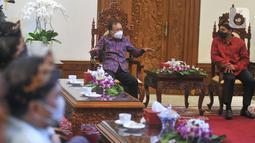Gubernur Bali Wayan Koster menyambut positif rencana penyelenggaraan Munas Kadin di Bali serta mendoakan dan mendukung Anindya Bakrie dalam upaya pemulihan sektor ekonomi, perdagangan dan pariwisata di Bali yang terpuruk akibat COVID-19. (Liputan6.com/HO/Alwi)