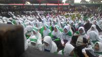 Ribuan massa simpatisan Jokowi-Maruf Amin kabupaten Garut, saat pilpres 2019 beberapa waktu lalu (Liputan6.com/Jayadi Supriyadin)