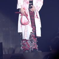 G-Dragon sendiri beberapa kali terlihat di Pulau Jeju untuk memeriksa proses persiapan. (Foto: Koreaboo.com)