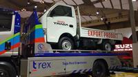 Ekspor perdana Isuzu Traga menuju Filipina. (Septian / Liputan6.com)