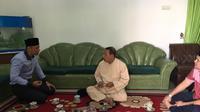 Bertemu Habib Luthfi, AHY Minta Didoakan Kesembuhan Ibu Ani Yudhoyono. (Merdeka/Intan Umbari Prihatin)