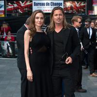 Angelina Jolie dan Brad Pitt (Bintang/EPA)