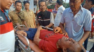 Kisah Asep Pria Strok Diterlantarkan di Gubuk Pemakaman