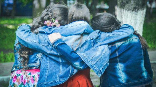 22 Kata Mutiara Lucu Tentang Persahabatan Sejati Hot