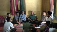 Suasana di rumah duka Indrayani, korban jiwa razia bedarah (Liputan6.com/Nefri Inge)