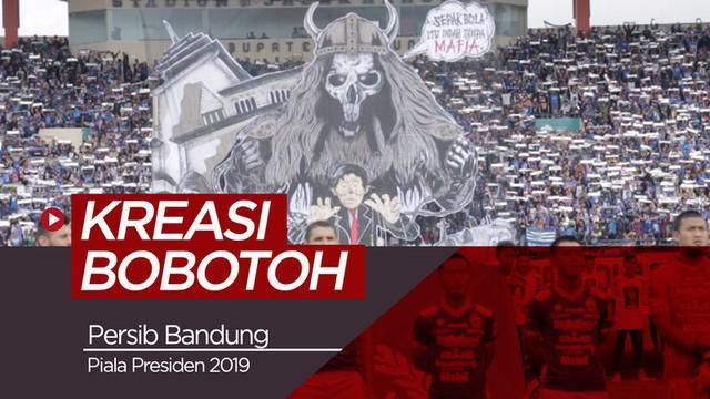 Berita video kreasi dan semangat Bobotoh di Stadion Si Jalak Harupat pada laga pembuka Piala Presiden 2019, Persib Bandung vs PS Tira Persikabo, Sabtu (2/3/2019).