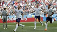 Striker Inggris, Harry Kane, merayakan gol yang dicetaknya ke gawang Panama pada laga grup G Piala Dunia di Stadion Nizhny Novgorod, Nizhny Novgorod, Minggu (24/6/2018). Inggris menang 6-1 atas Panama. (AP/Antonio Calanni)