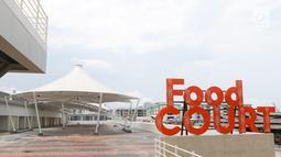 Suasana Pasar Ikan Modern (PIM)  Muara Baru, Jakarta, Jumat (1/2). PIM Muara Baru dilengkapi dengan beberapa fasilitas pendukung antara lain Instalasi Pengolahan Limbah (IPAL), kios/lapak, ruang pengepakan. (Liputan6.com/Angga Yuniar)