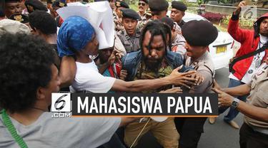 Gubernur Papua Lukas Enembe menyebut sekitar 300 mahasiswa pulang ke Papua. Sedangkan, menurut Kapolda Papua Irjen Rudolf A Rodja, ada 700 mahasiswa pulang kampung.
