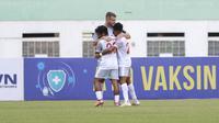 Wiljan Pluim mencetak satu gol dan satu assist dalam kemenangan PSM Makassar 3-2 atas Persik Kediri pada pekan keempat BRI Liga 1 di Stadion Wibawa Mukti, Cikarang, Kamis (23/9/2021). (Bola.com/Muhammad Iqbal Ichsan)