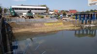 TESDA dibongkar untuk pembangunan jembatan jalan tembus Jalan Soedirman-Jalan Gerilya, Purwokerto. (Foto: Liputan6.com/Muhamad Ridlo)
