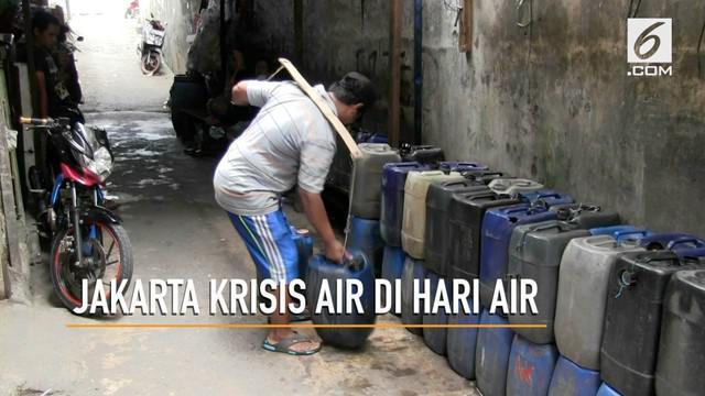 PBB menjadikan tanggal 22 Maret sebagai Hari Air Sedunia. Mirisnya, bertahun-tahun ratusan kepala keluarga di Muara Baru, Penjaringan, Jakarta Utara masih mengalami krisis air bersih.