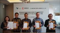 Mining Industry Indonesia (MIND ID) dan PT Vale Indonesia Tbk (PTVI) bersama dengan para pemegang sahamnya, Vale Canada Limited (VCL) dan Sumitomo Metal Mining Co., Ltd. (SMM) menandatangani Perjanjian Pendahuluan untuk mengambil alih 20 persen saham divestasi PTVI. (Dok. MIND ID)