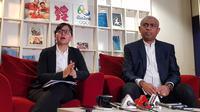 Ketua tim Ad Hoc PSSI, Ahmad Riyadh, mengumumkan susunan tim yang akan bekerja untuk mengungkap kasus pengaturan skor di sepak bola Indonesia. (Bola.com/Zulfirdaus Harahap)
