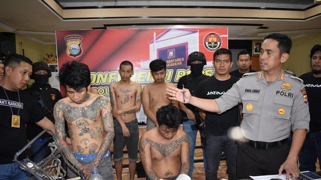 Para pelaku pembunuh sadis satu keluarga di Makassar merupakan sindikat narkoba (Liputan6.com/ Eka Hakim)