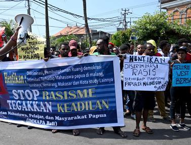 Protes Insiden Surabaya, Mahasiswa Papua Berunjuk Rada di Bali
